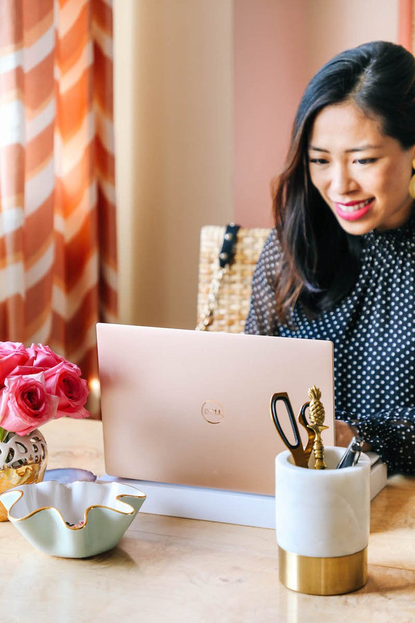 Serious Business Woman Giveaway: Win 3 Dell Rose Gold Laptops!