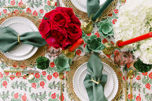 Dressed Up to Stay In: Our Holiday Tablescape & Signature Cocktail