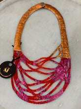 Load image into Gallery viewer, SI Illusion Short Necklace Red/Copper/Fushia