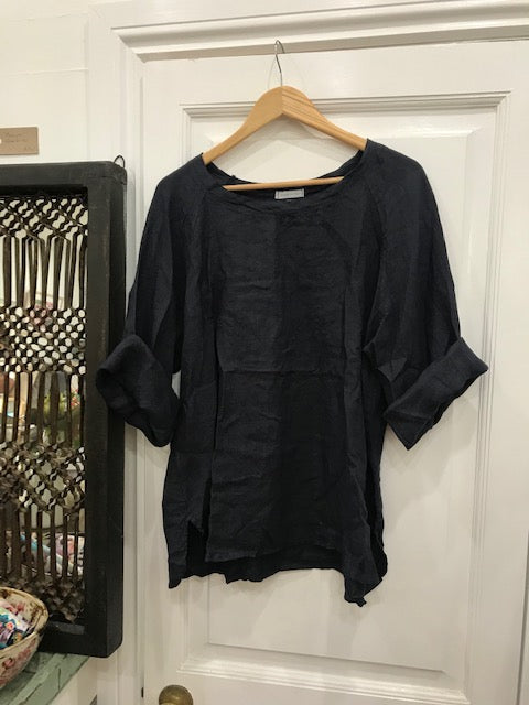 Giorgia Linen Top - Navy-DiModa-Bristle by Melissa Simmonds