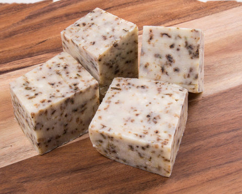 products/The-Australian-Natural-Soap-Company-Peppermint-_-Lavender-bar.jpg