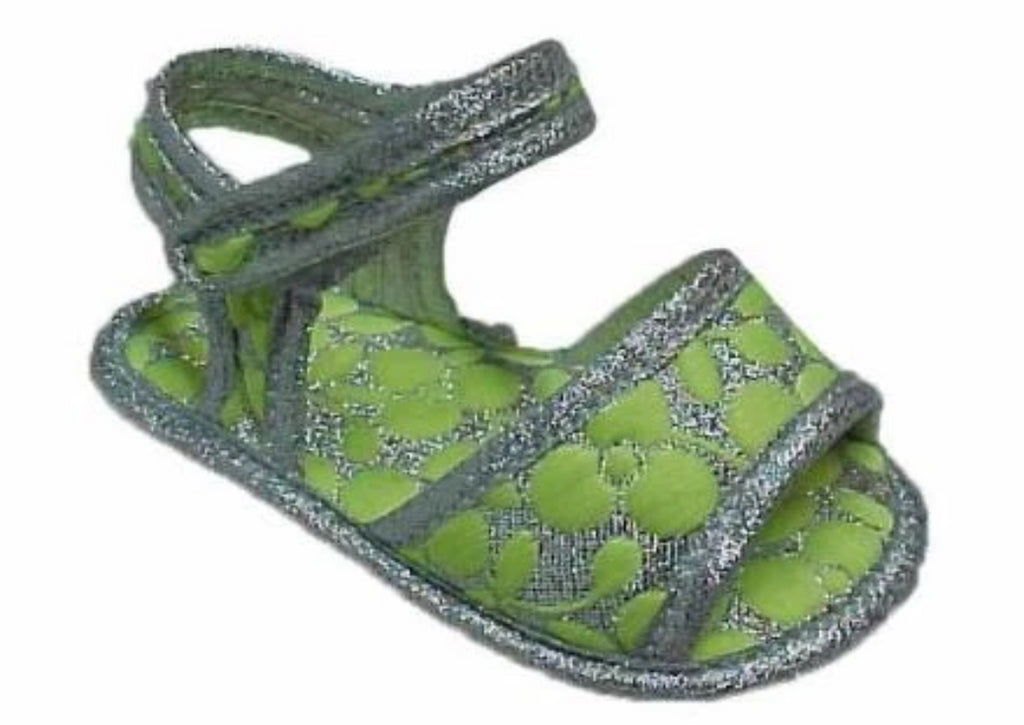 Sandal patterned green fabric, with velcro strapping