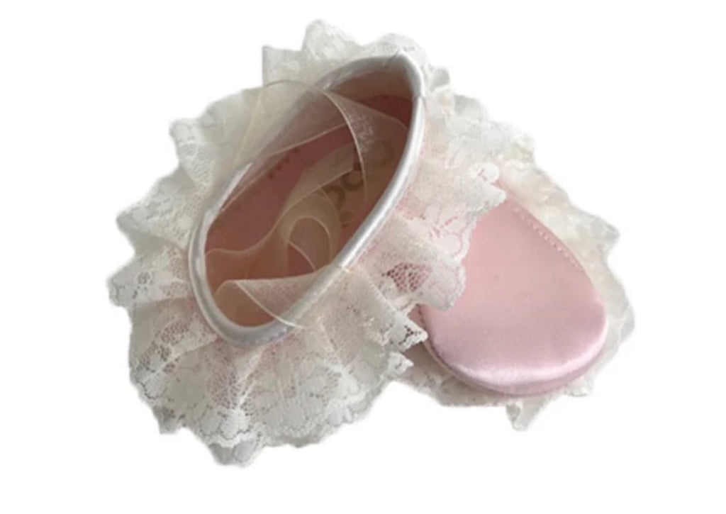 Baby girl ballet pumps in satin, with lace trim and organza laces - Pink