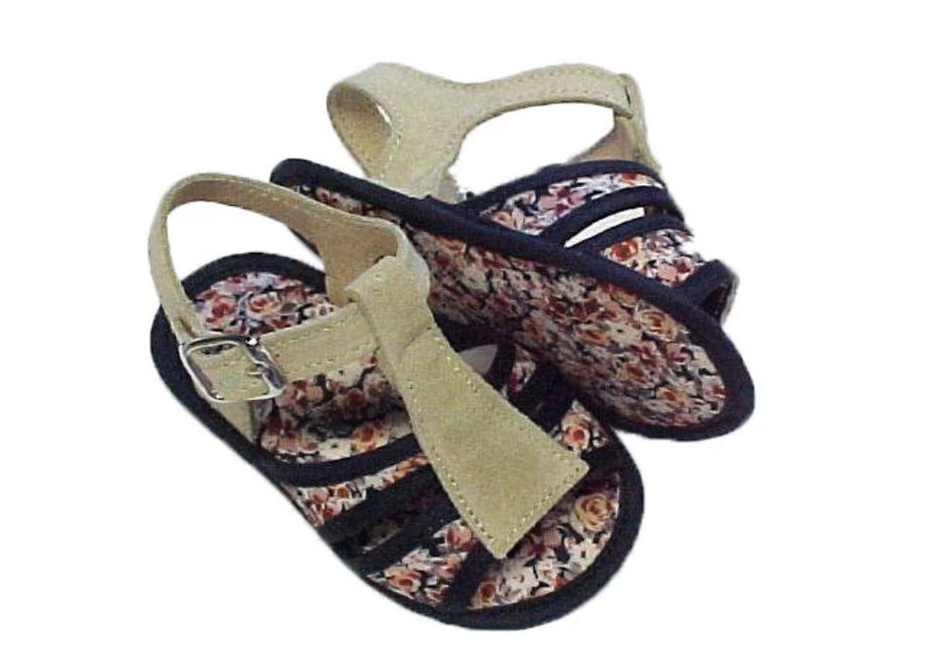 Fabric sandal with suede feature and buckled strap - Flowered pattern