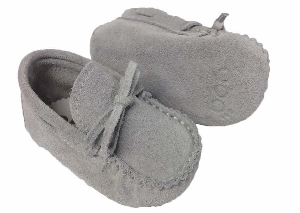 Suede moccasin with laces – Grey