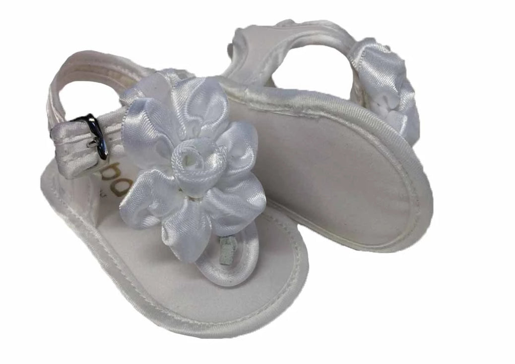 Sandal made of satin with buckle strap and satin flower
