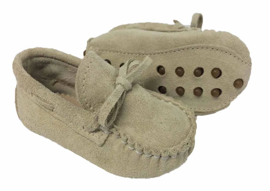 Suede moccasin with laces  -  Sandy