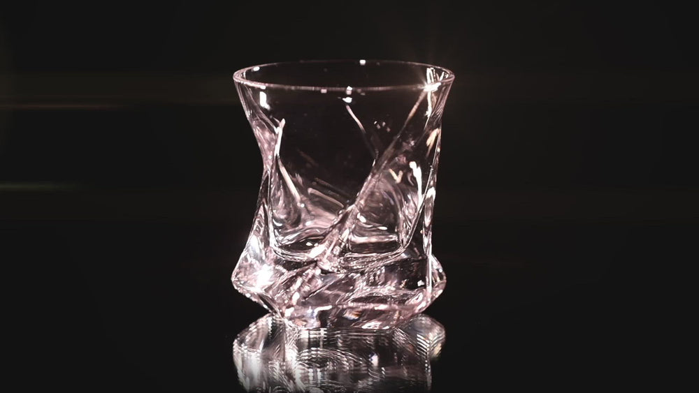 Load and play video in Gallery viewer, STAR Heavy Tumbler | Set of 2 Hand-blown Crystal Whiskey Glasses