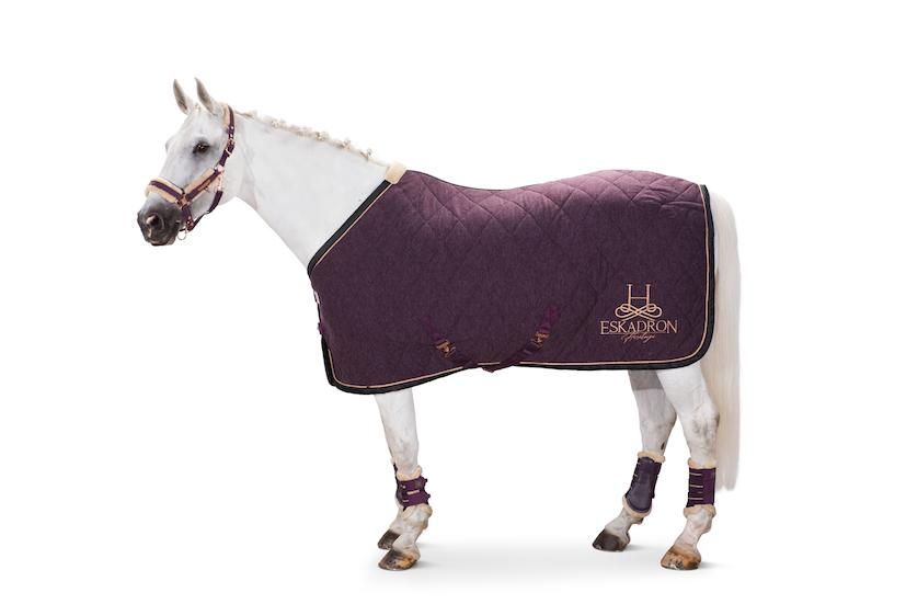 Eskadron Acrylic Quilted Sweat Rug Heritage AW20 - Extra charges apply for worldwide shipping Eskadron My Breeches | Eskadron Deep Berry S (125cm/5ft6)