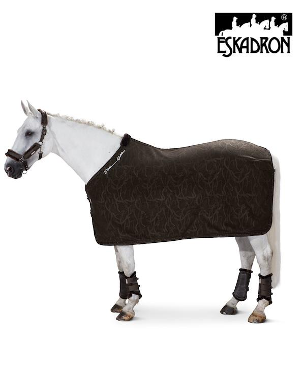 Eskadron Fleece Stamp Faux Fur Lining Sweat Rug Platinum 2020