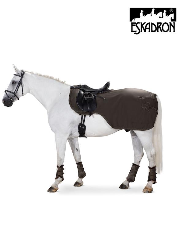 Eskadron Softshell Exercise Rug Platinum 2020