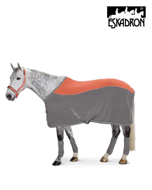 Eskadron Bicolour Curved Fleece Sweat Rug Reflexx 2020