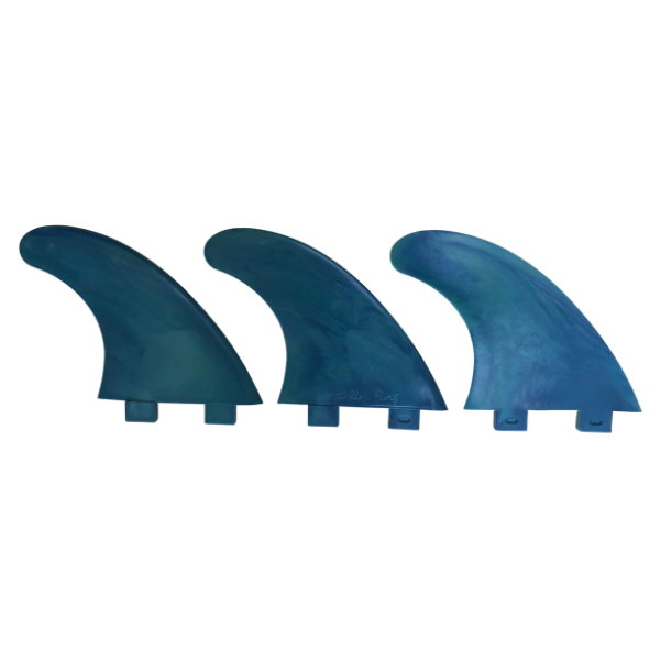 Marlin-Fins-Thruster-Fins-pacific-crush-Eco-Friendly-Surf-Shop-Sustainable-surfing-eco-surfing-recycled-fins-eco-fins-eco-friendly-surfboard-fins-in-a-row-facing-right