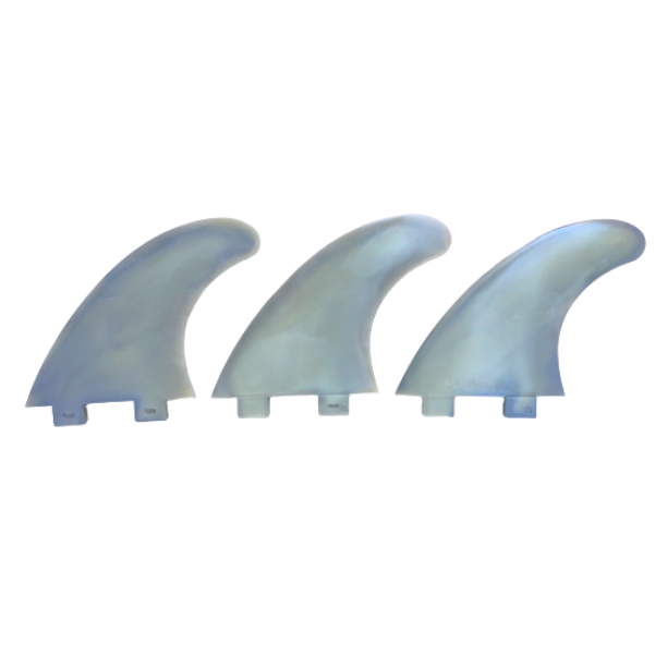 Marlin-Fins-Thruster-Fins-hurricane-grey-Eco-Friendly-Surf-Shop-Sustainable-surfing-eco-surfing-recycled-fins-eco-fins-eco-friendly-surfboard-fins-thruster-fin-facing-left