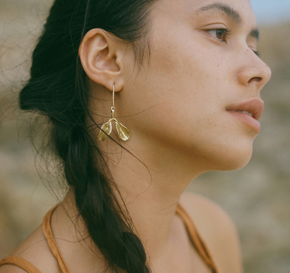 Dyad Earrings - Yellow Bronze