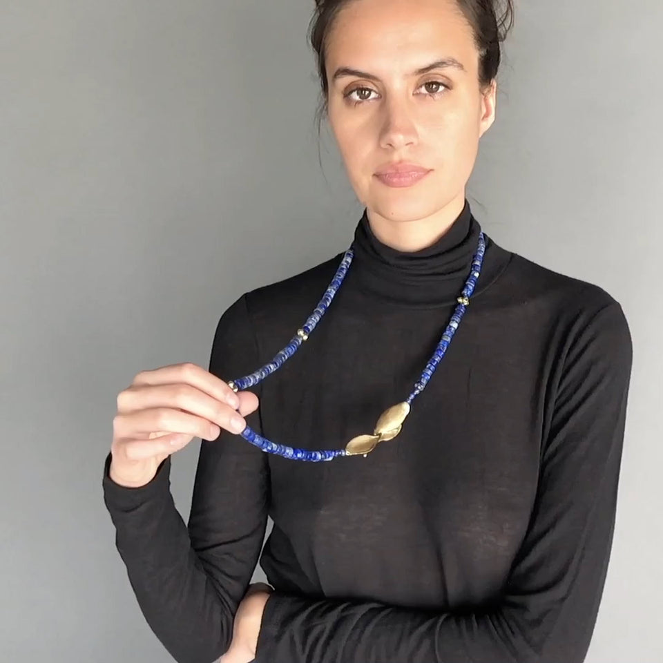 https://cdn.shopify.com/s/files/1/0093/2162/files/Kirsten-Muenster-Jewelry-Necklace-Lapis-Leaf-Clasp-VIdeo.mp4?3275