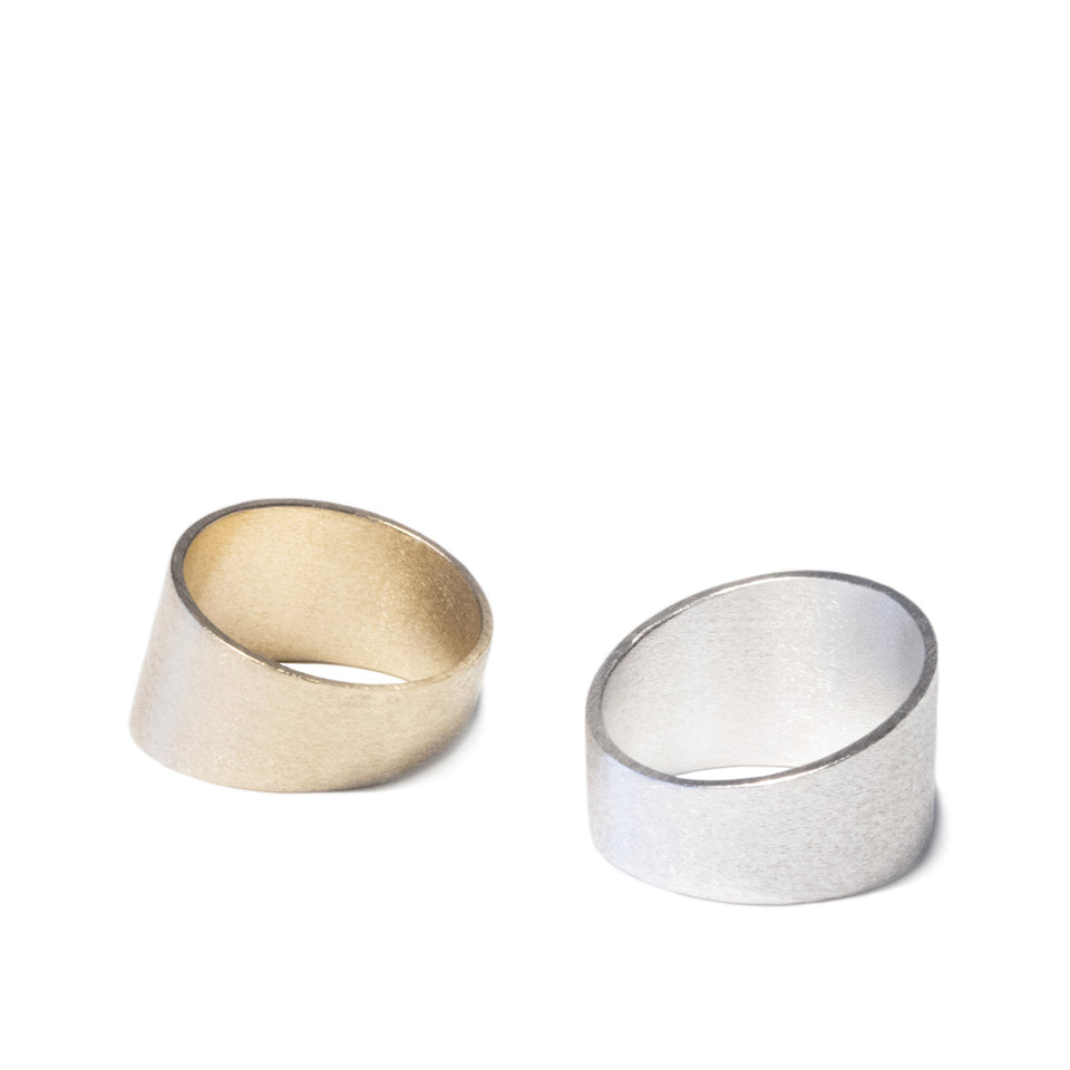 Angled Cigar Band - Gold