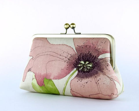 Poppy Clutch Bag by Ellen Vintage on Etsy