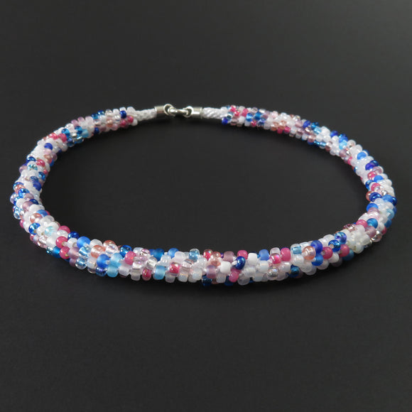 Braided necklace - Pink, white and blue on white (full)