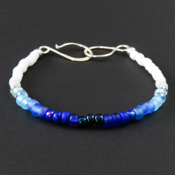 Beaded Bracelet - Blue and White Ombré