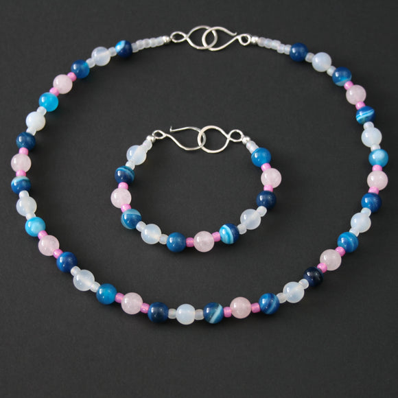 Gemstones - Quartz and Agate necklace and bracelet bundle