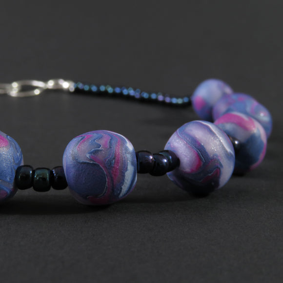 Polymer clay - Pink, white and blue (13 bead)