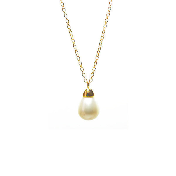 Teardrop Pearl Pendant Necklace