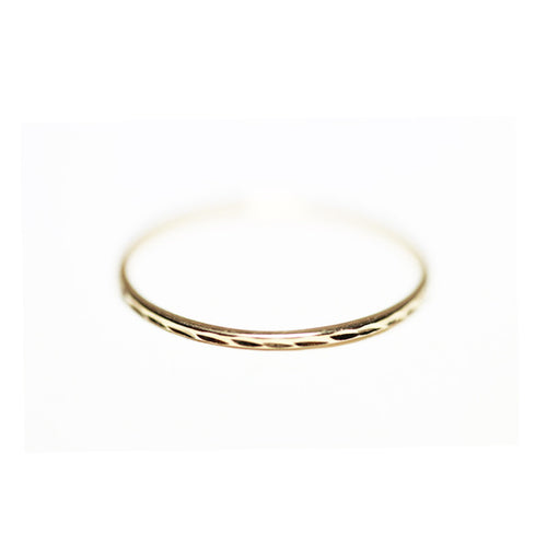 14kt Yellow Gold Thin Band Ring Diamond-Cut 1mm