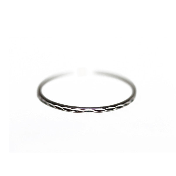 14kt White Gold Thin Band Ring Diamond-Cut 1mm