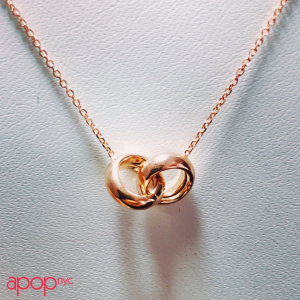 """Love Lockdown""Rose Gold-Dipped Interlocking Rings Necklace"