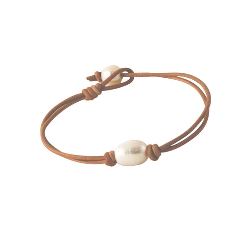 Pretty Pearl Adjustable Leather Style Bracelet