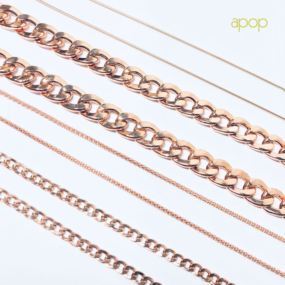 Rosy Curb Chain Necklace