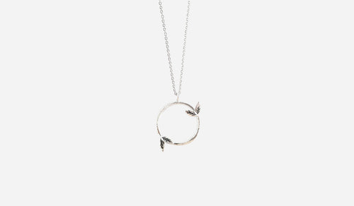 Matte Sterling Silver Vine Circle Necklace 18