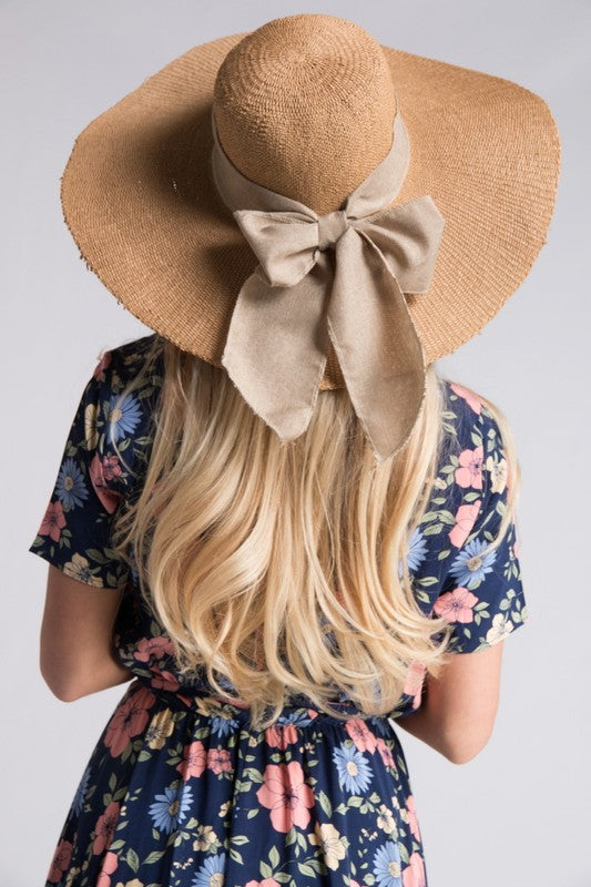 Linen Bow Trimmed Hat