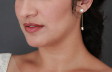 Load image into Gallery viewer, Gorgeous pearl earrings with star backing