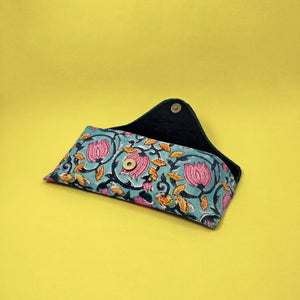 Black Vine Soft Case - Large