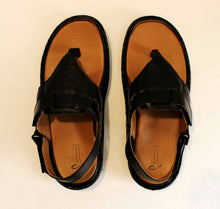 Load image into Gallery viewer, Dr. Brinsley Diabetic Sandal for comfort, style| Chennai, India