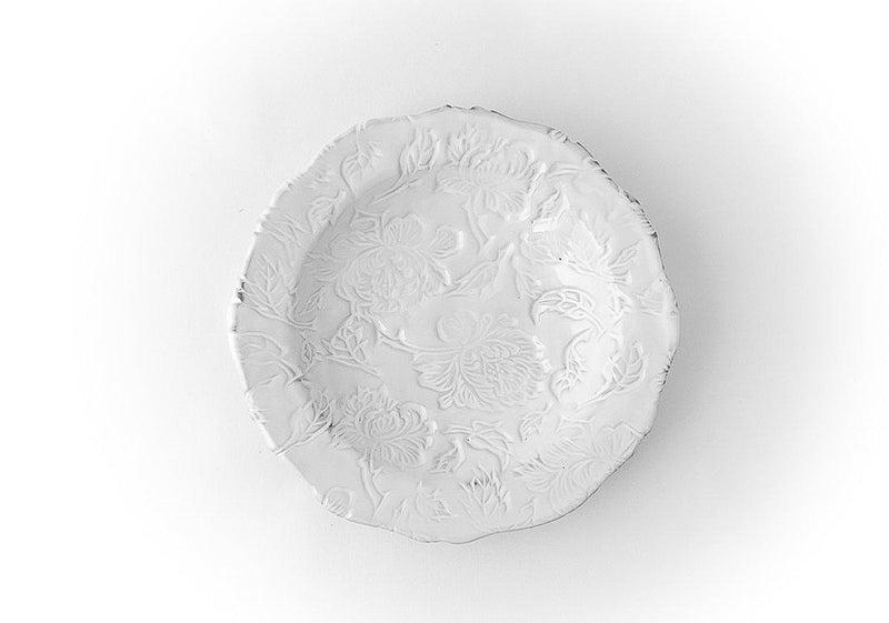 Pivoine chiseled plate-Shallow plate ⌀22-Handmade in France by CARRON