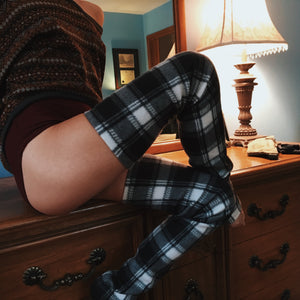 Black & White Plaid Fleece Leg Warmer