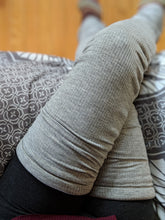 Load image into Gallery viewer, No Slip Heather Gray Ribbed Leg Warmer