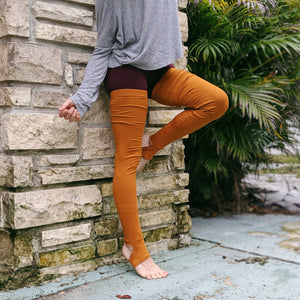Grip Elastic + Foot Strap Dusky Cedar Ribbed Leg Warmer