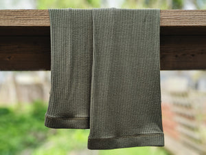 Grip Elastic + Foot Strap Olive Green Ribbed Leg Warmer