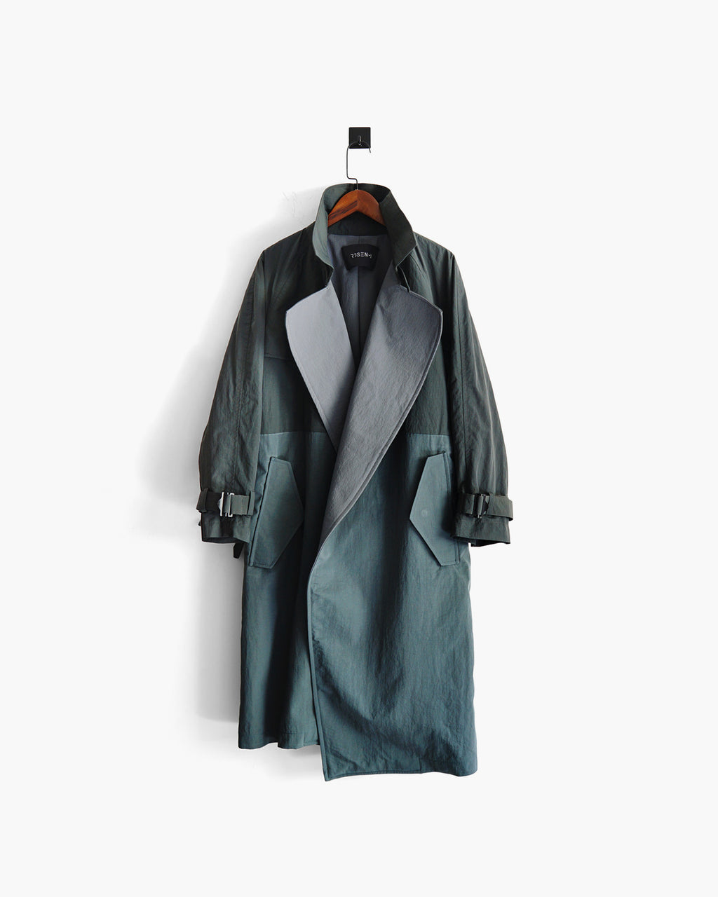ROSEN-X Atlas Coat in Two-Tone Nylon Laminate Sz 1