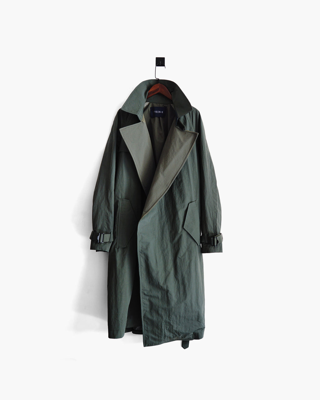 ROSEN-X Atlas Coat in Nylon Laminate Sz 2