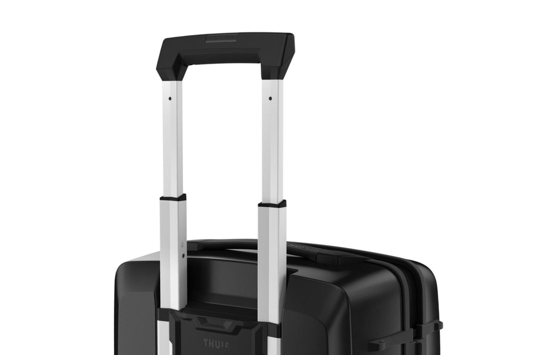 "Thule Luggage Revolve 27"" Spinner"
