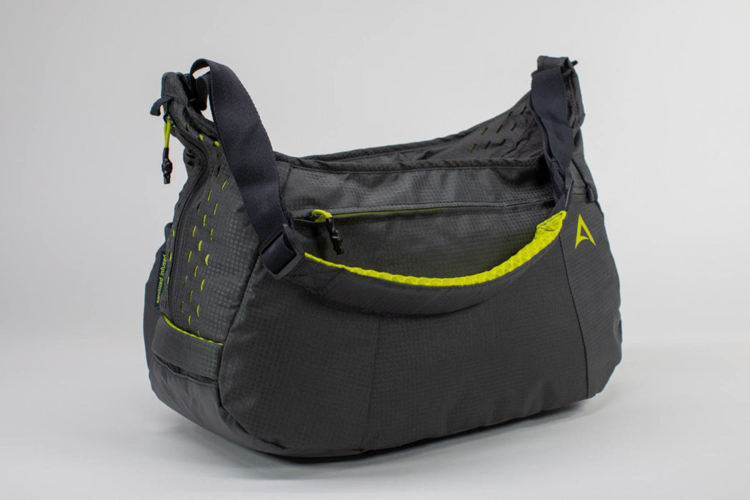 PERFORMANCE DUFFEL – MEDIUM