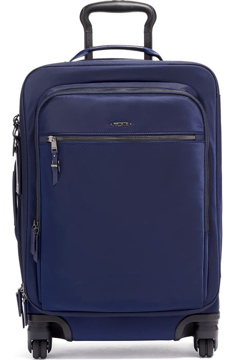 Voyageur – Très Léger International 21-Inch Nylon Spinner Carry-On