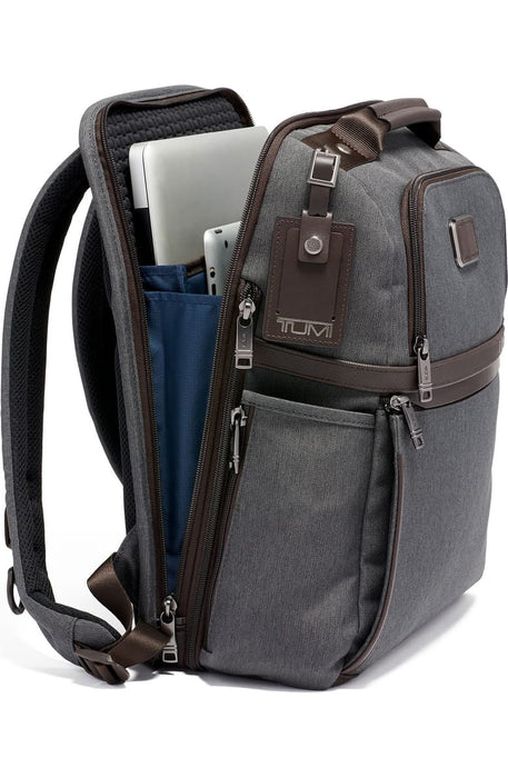 Alpha 3 Collection Slim Solutions Laptop Brief Pack