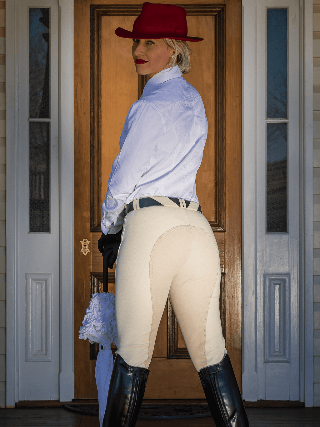 Ladies wearing Full Seat Breeches in Cream