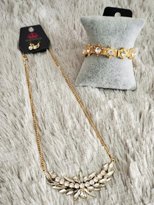 "Savvy ""Gold Bling"" Set"